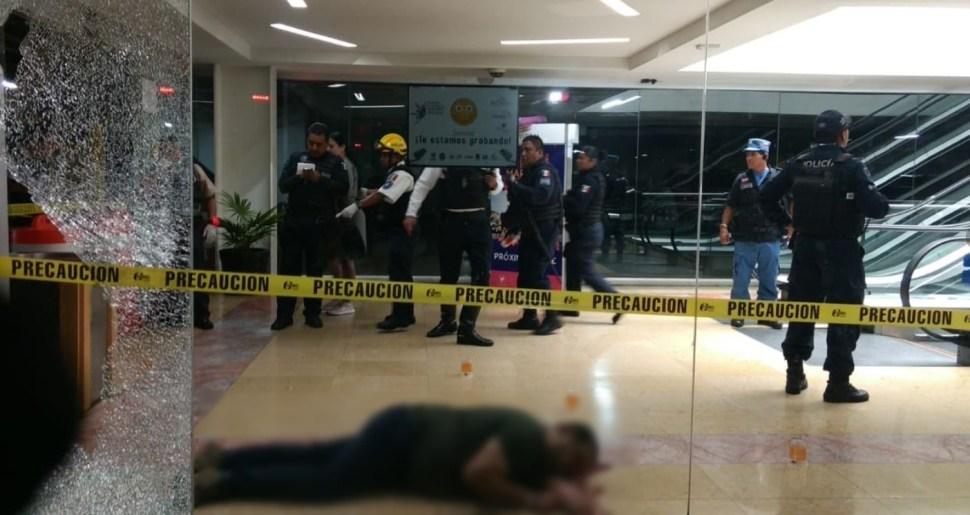 Matan a un hombre en Plaza Bugambilias