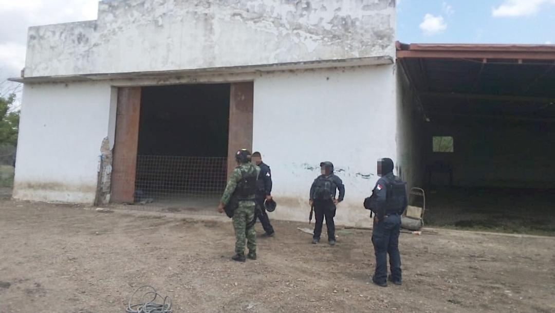 Foto En la cercanía del ejido Paso Hondo estaban tres camionetas, una de ellas con reporte de robo en Texas.15 de septiembre de 2019 (Gobierno de Tamaulipas)