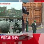 FOTO: Policía Militar forma valla de honor para salida de AMLO en desfile militar, 16 septiembre 2019