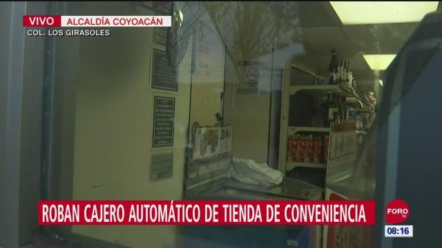 Roban cajero en tienda de conveniencia en Coyoacán