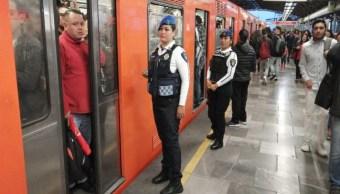 Foto Usuarios reportan retrasos en la Línea B y 7 del Metro CDMX 11 septiembre 2019