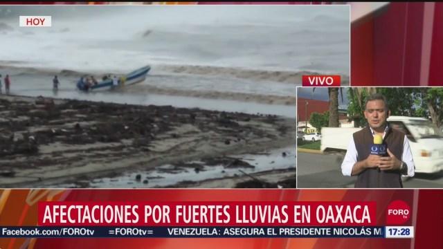 FOTO: Van dos muertos Oaxaca por Narda,