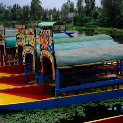 'Remeros' de Xochimilco se burlan de 'Chema'