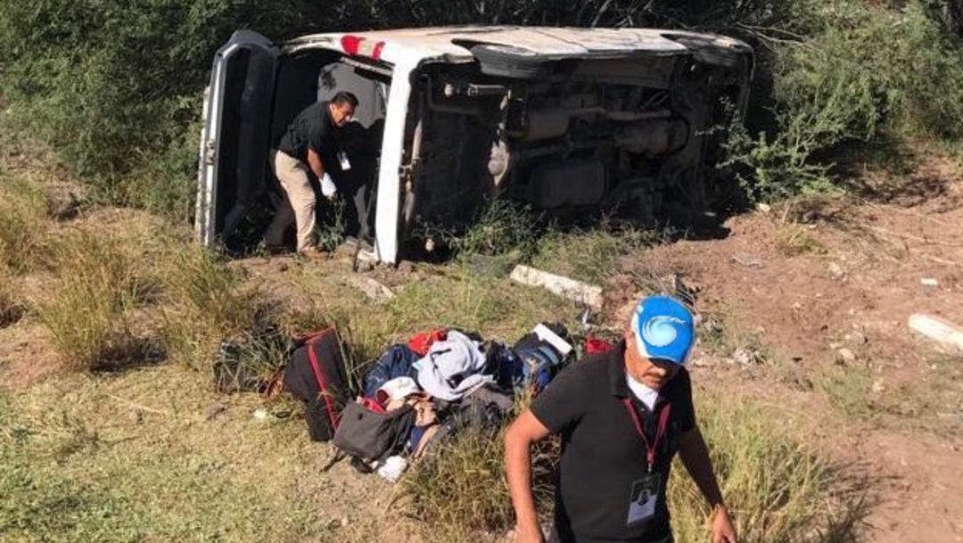 Foto: Este sábado la camioneta en que viajaban 10 reporteros que cubrían la gira del presidente López Obrador volcó cerca de las 14:40 horas, 26 de octubre de 2019, (FOTO: CUARTOSCURO.COM