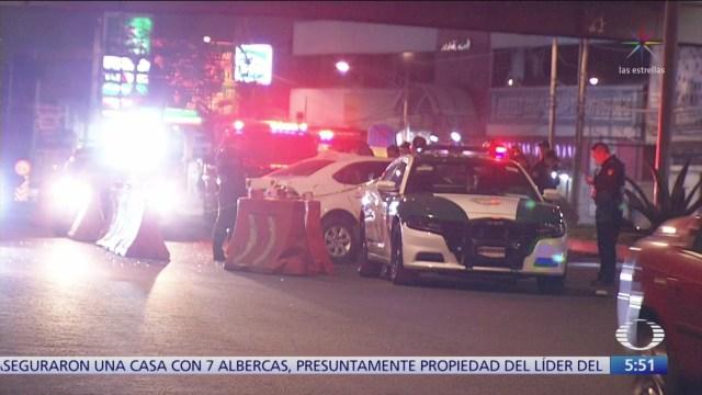 Muere hombre tras volcar automóvil en CDMX