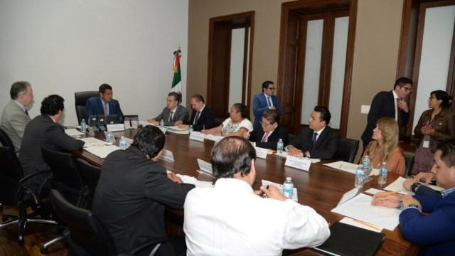 Foto Alcaldes acuerdan con Segob olvidar agravios, piden ver AMLO
