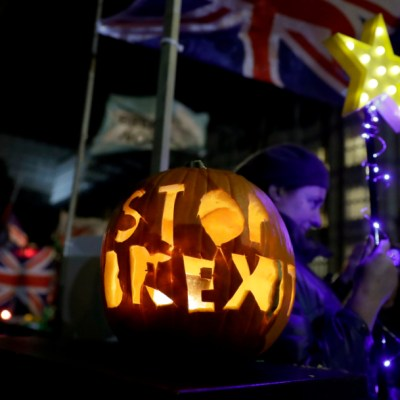 Reino Unido realizará elecciones anticipadas el 12 de diciembre para determinar el Brexit