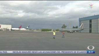 Aterriza avión de Fuerza Aérea Mexicana en CDMX con cenizas de José José
