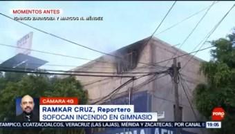 FOTO: Bomberos sofocan incendio en gimnasio, 20 octubre 2019