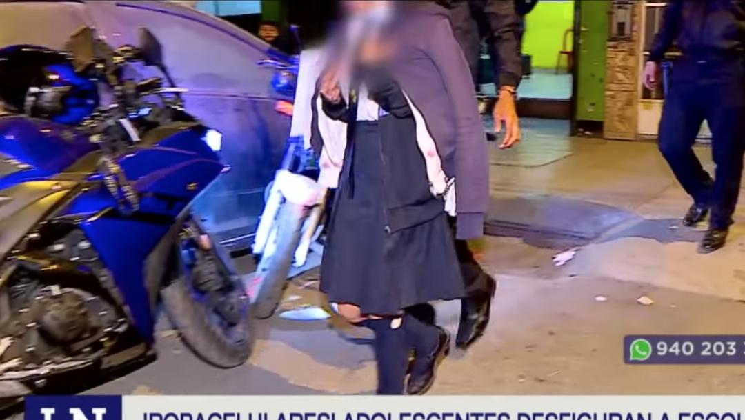 Cortan-cara-nina-celular-robado-adolescente-delincuente-Peru