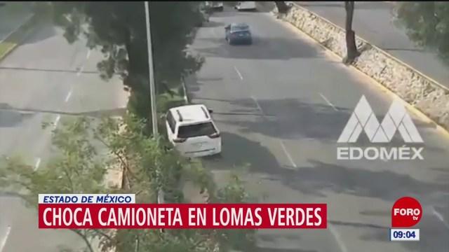 Choca camioneta en avenida Lomas Verdes, en Naucalpan