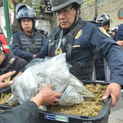 Separan a mandos policíacos por presuntos nexos con la Unión Tepito