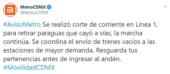 IMAGEN Cortan corriente en Línea 1 del Metro CDMX por paraguas en vías (Twitter)