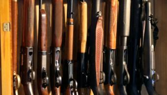 Imagen: Los policías encontraron el armamento, el cual fue retirado y llevado ante autoridades ministeriales federales para la continuación de las investigaciones, 23 de octubre de 2019 (Getty Images, archivo)