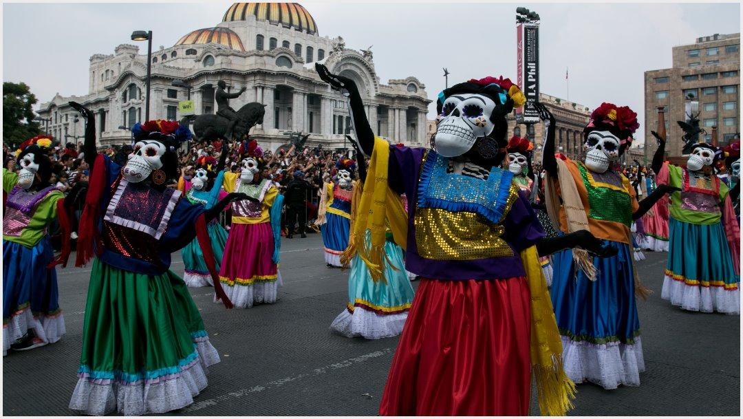 Foto: El Palacio de Bellas Artes fue testigo del Desfile Internacional del Día de Muertos, 27 de octubre de 2019(GALO CAÑAS /CUARTOSCURO.COM)
