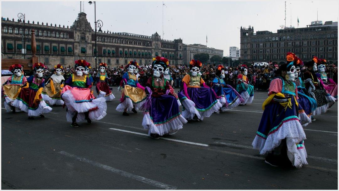 Fotos: Voluntarios de varios estados del país se dieron cita en el Desfile Internacional del Día de Muertos, 27 de octubre de 2019  (GALO CAÑAS /CUARTOSCURO.COM)