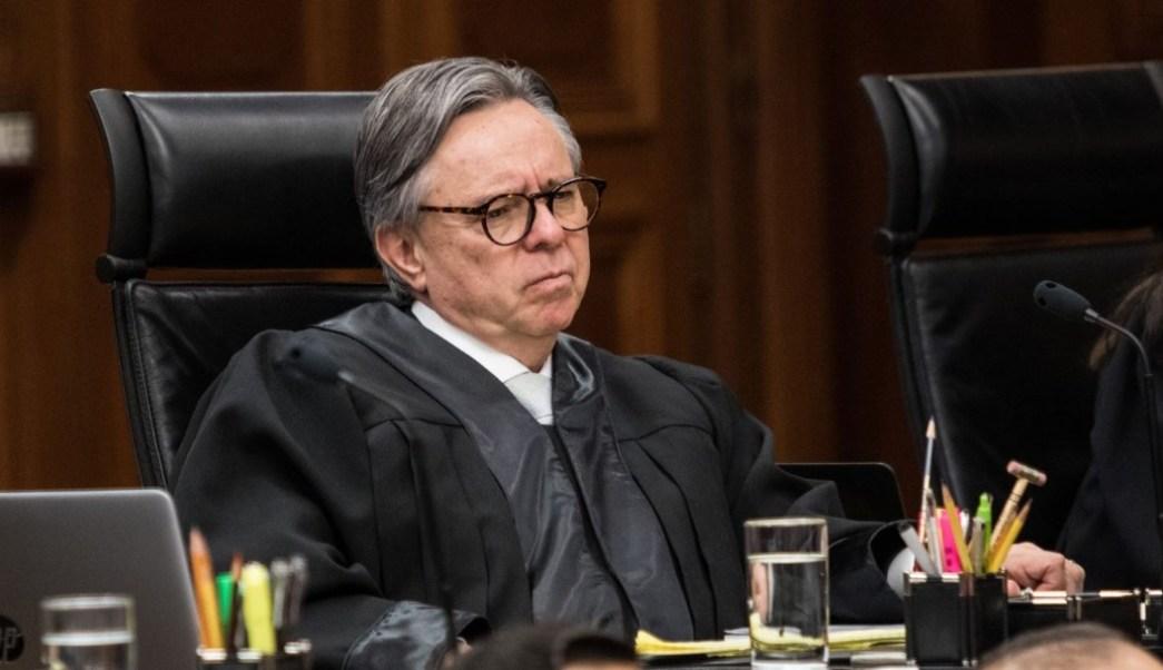 Senado aprueba renuncia de Eduardo Medina Mora