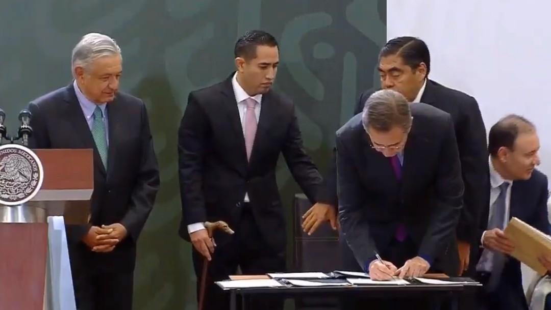 Foto: Firma convenio SEP y gobierno de Puebla, 4 de octubre de 2019, México