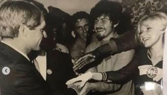 Foto inédita tomada por el difunto fotoperiodista Walter Fischer es la única conocida de Robert F. Kennedy y Cesar. 2 octubre 2019