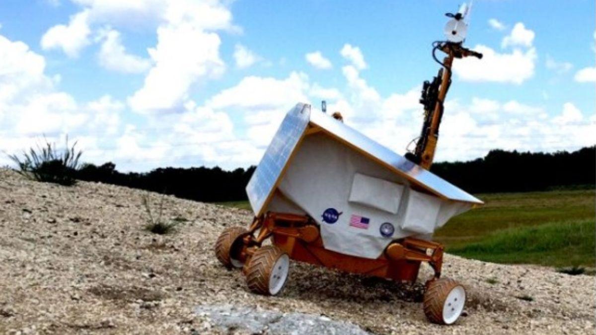 VIPER son las siglas de Volatiles Investigating Polar Exploration Rover (Vehículo de exploración polar para investigación de volátiles). NASA