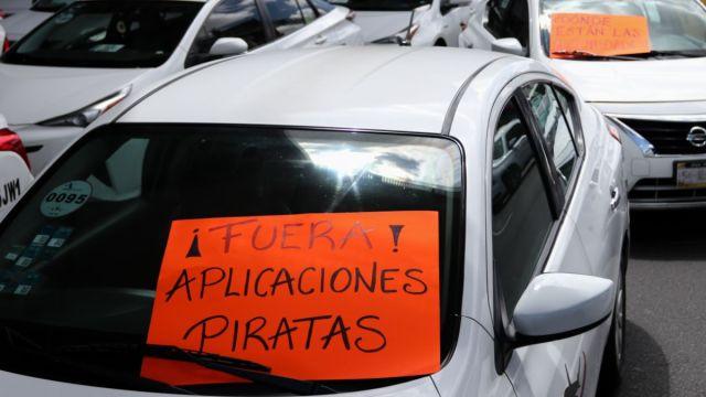 Foto: Taxistas bloquearon el Aeropuerto Internacional de la Ciudad de México (AICM). Cuartoscuro