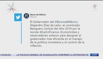 Galardonan a Alejandro Díaz de León como Banquero del año