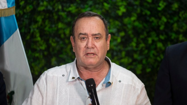 FOTO Alejandro Giammattei solo reconoce a Juan Guaidó como presidente legítimo de Venezuela (AP)