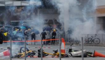 FOTO Hong Kong: En protestas de 'Día de Luto', adolescente resulta herido de bala (AP)