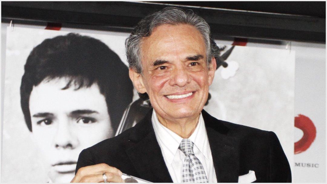 Imagen: El intérprete José José también recordado en el Zócalo, 8 de octubre de 2019 (ISAAC ESQUIVEL /CUARTOSCURO.COM)