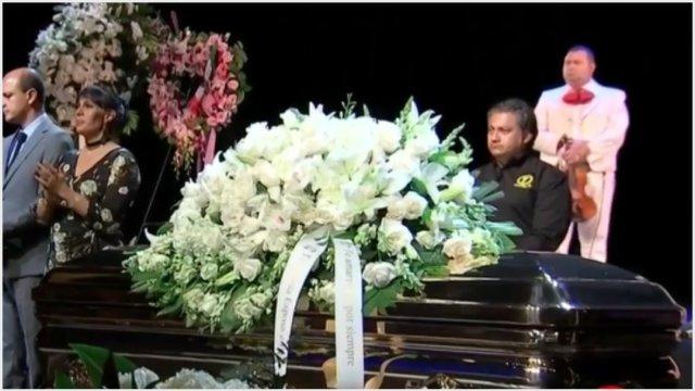 Foto: Familiares y fans despidieron a José José en Miami. 6 de octubre de 2019 (Foro TV)
