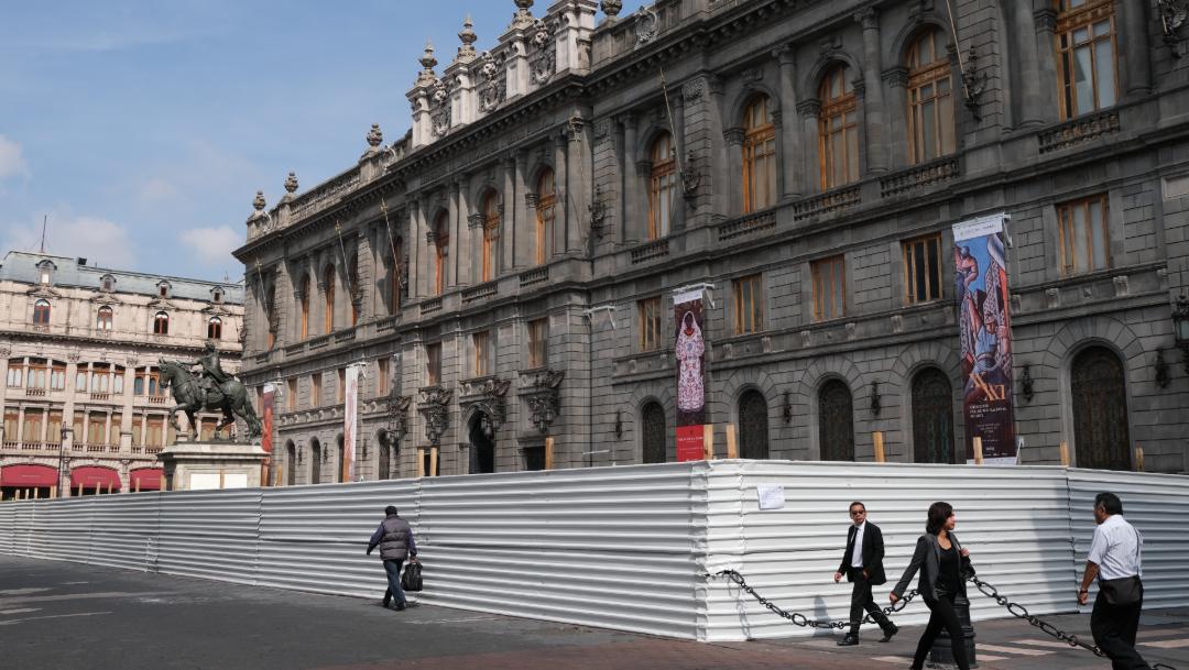 FOTO CDMX cubre edificios y monumentos por marcha del 2 de octubre (Cuartoscuro/Graciela López)