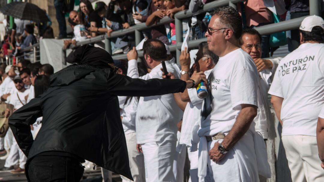 'Cinturón de paz', pacífico e inservible durante marcha del 2 de octubre
