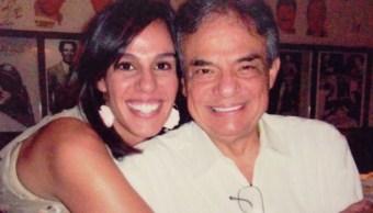 """Imagen: Fue el pasado 9 de octubre, cuando Marysol y su hermano José Joel, así como su madre Anel Noreña realizaron los funerales en la Ciudad de México para """"El Príncipe de la Canción"""", 13 de octubre de 2019 (Twitter @Marysol_Oficial)"""