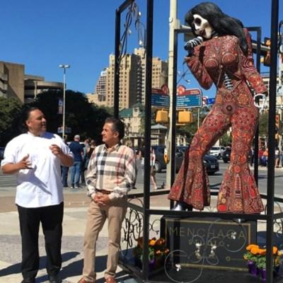 Artista mexicano crea la catrina de Selena Quintanilla