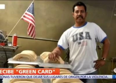Migrante mexicano recibe residencia en EU por ser buen padre