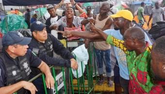 Foto: El INM anunció la apertura en Tapachula de una oficina para la entrega de documentos migratorios que permitirán a los extranjeros permanecer en el país, 8 de octubre de 2019 (EFE)