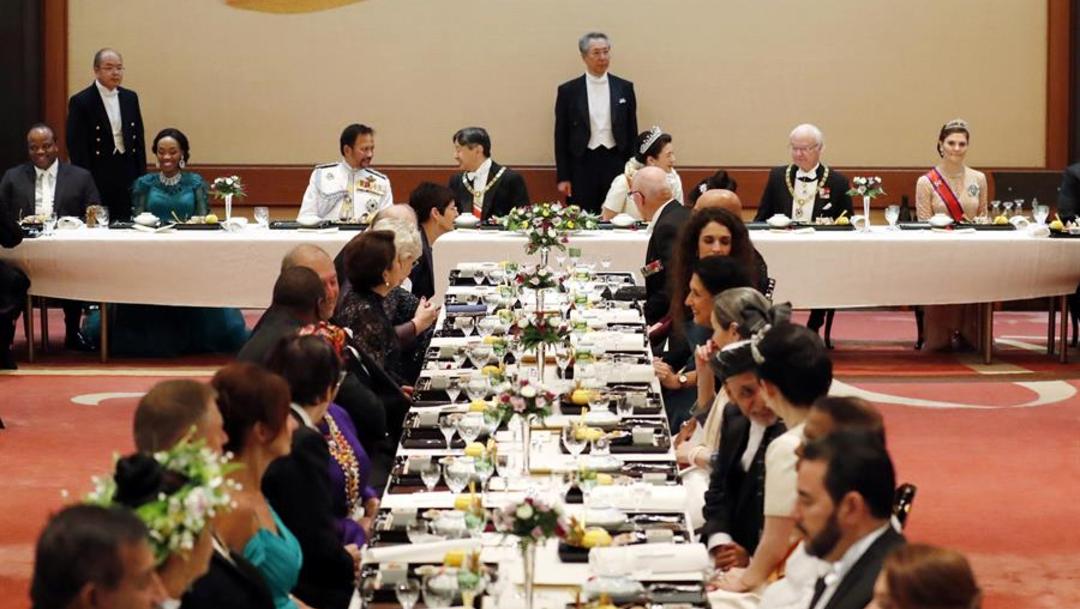 Foto: Este banquete estaba reservado para los invitados extranjeros, pero habrá otras tres cenas en fechas posteriores para agasajar al cuerpo diplomático acreditado en Japón, 22 de octubre de 2019 (EFE)