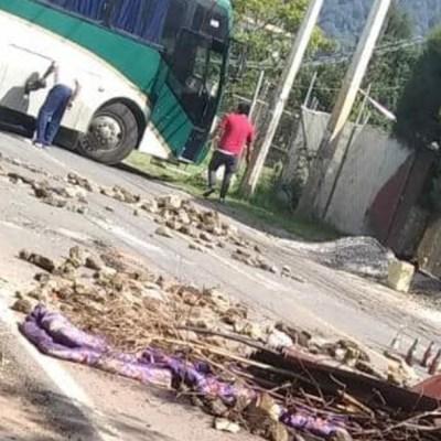 Normalistas de Tenería, en Tenancingo, denuncian acoso policial