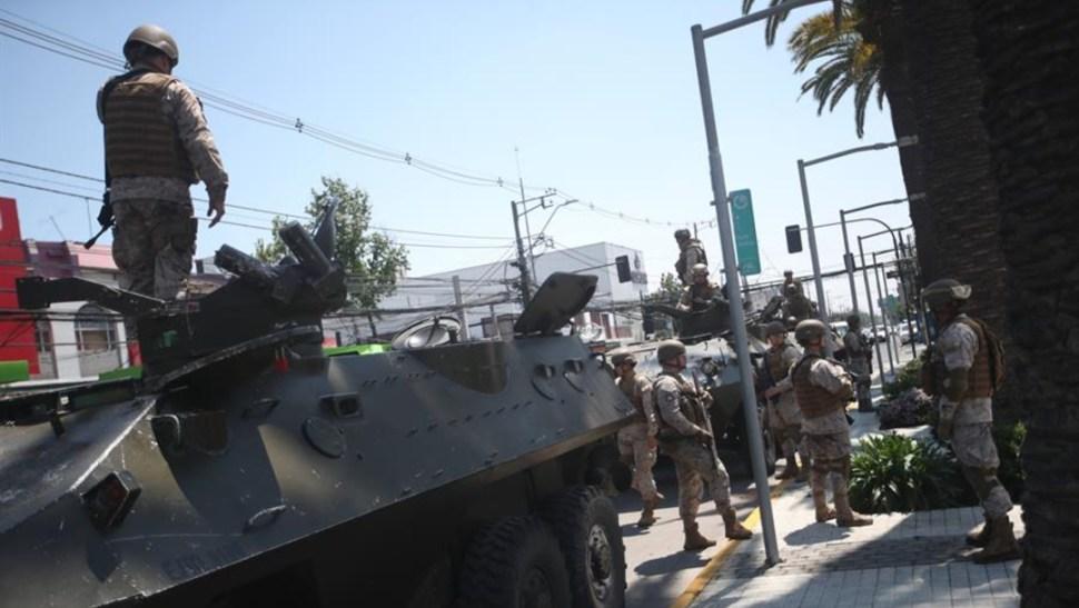 Foto: Unos 3.000 militares se encuentran realizando labores de contención de la violencia, 20 de octubre de 2019 (EFE)