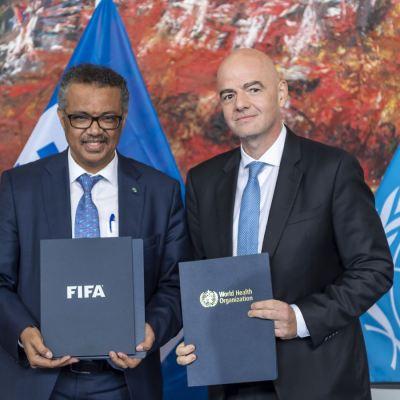 OMS y FIFA firman acuerdo para promover la salud a través del futbol