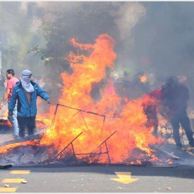 Presidente de Chile suspende aumento al Metro tras días de protestas