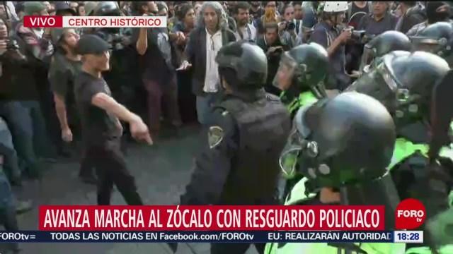 FOTO: Policías Encapsulan Encapuchados Antes Llegar Zócalo