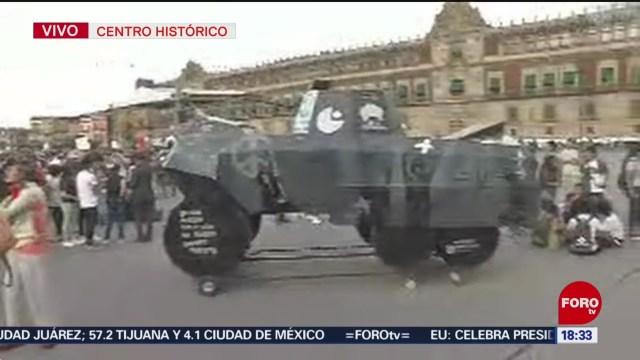 FOTO: Policías Resguardan Contingentes Que Llegan Zócalo