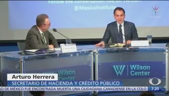Posibilidad de una desaceleración no me deja dormir, dice Arturo Herrera