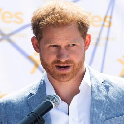 El duque de Sussex, Enrique, demanda a dos tabloides por interceptar sus mensajes y llamadas