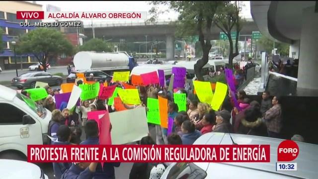 Protestan frente a la Comisión Reguladora de Energía