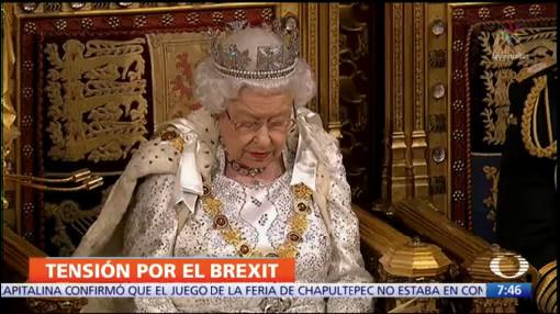 Reina Isabel destaca tema del Brexit ante el Parlamento