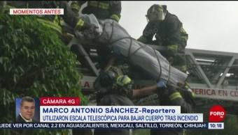 FOTO: Rescatan cuerpo de víctima de incendio en Tlatelolco, 13 octubre 2019