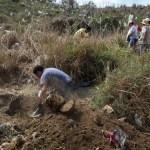Foto: Encinas: Se han hallado 594 fosas clandestinas en esta administración, 14 de octubre de 2019, México