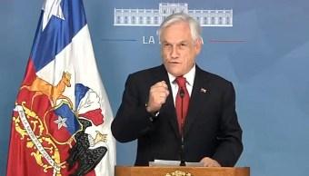 FOTO: El presidente de Chile, Sebastián Piñera, decretó estado de emergencia en Santiago tras las protestas